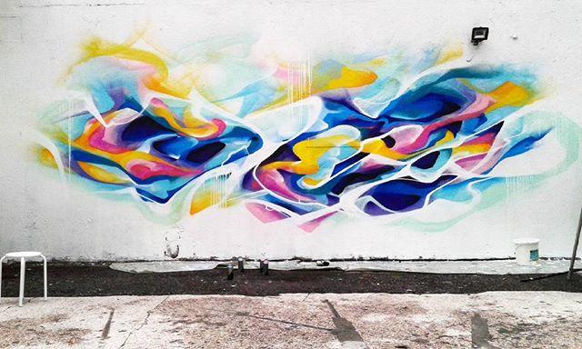 Post-graffiti abstrait, première étape.