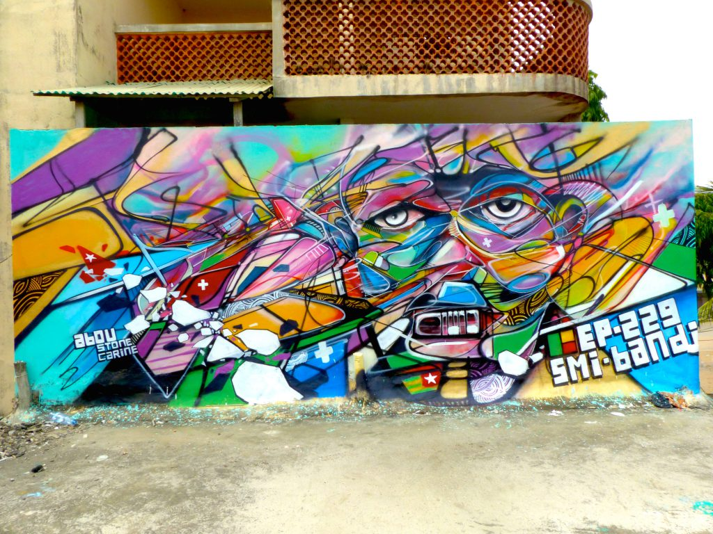 SMI-Bandi-Cotonou-Graffiti-Regraff