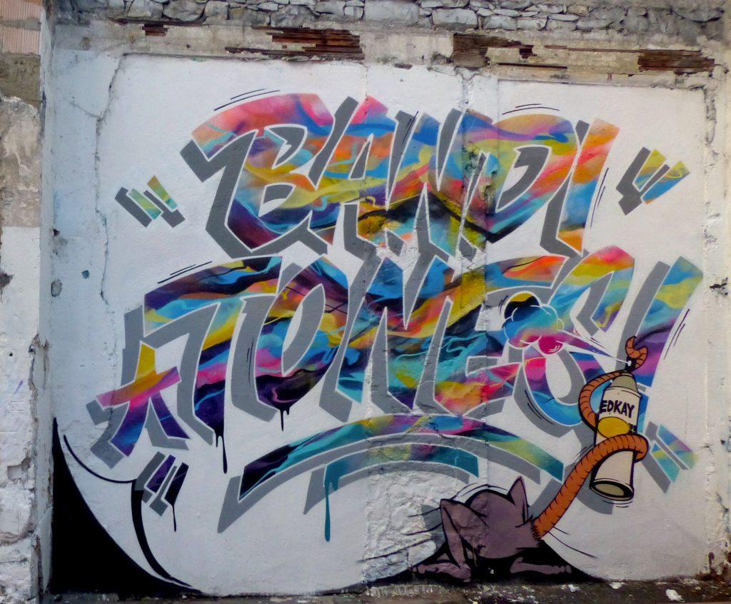 Tones-Bandi-Geneva-Graffiti-Carrefour-Rue