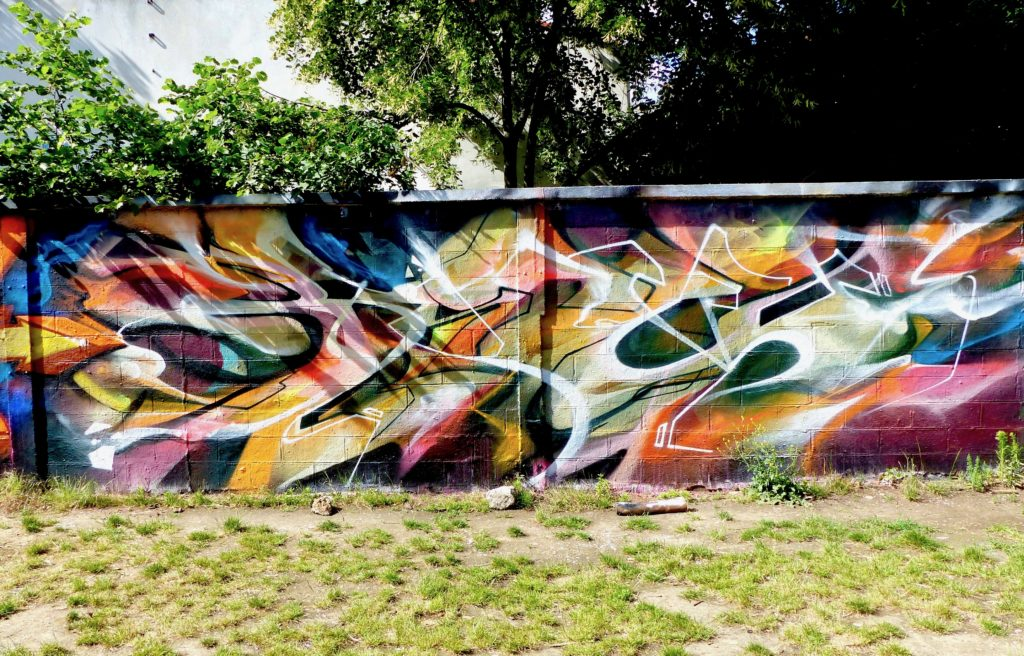 Session graffiti à Montreuil